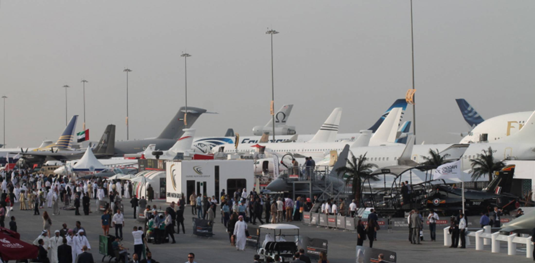 White apron dubai - The Dubai Airshow Moved To A New Venue But Looked Much The Same Heavy Rain Forced Cancellation Of The Last Day Photo Chris Pocock