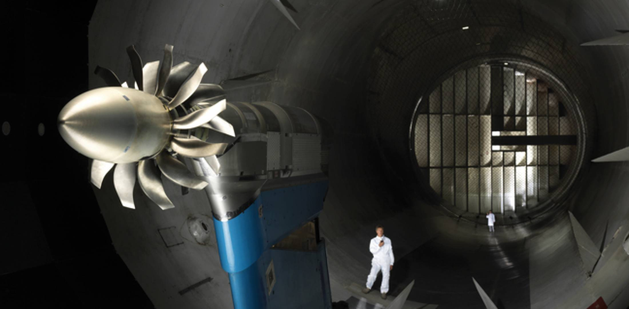 A mockup of an open-rotor engine has been tested in an Onera wind tunnel since 2010; a full demonstrator is due to run in 2016.