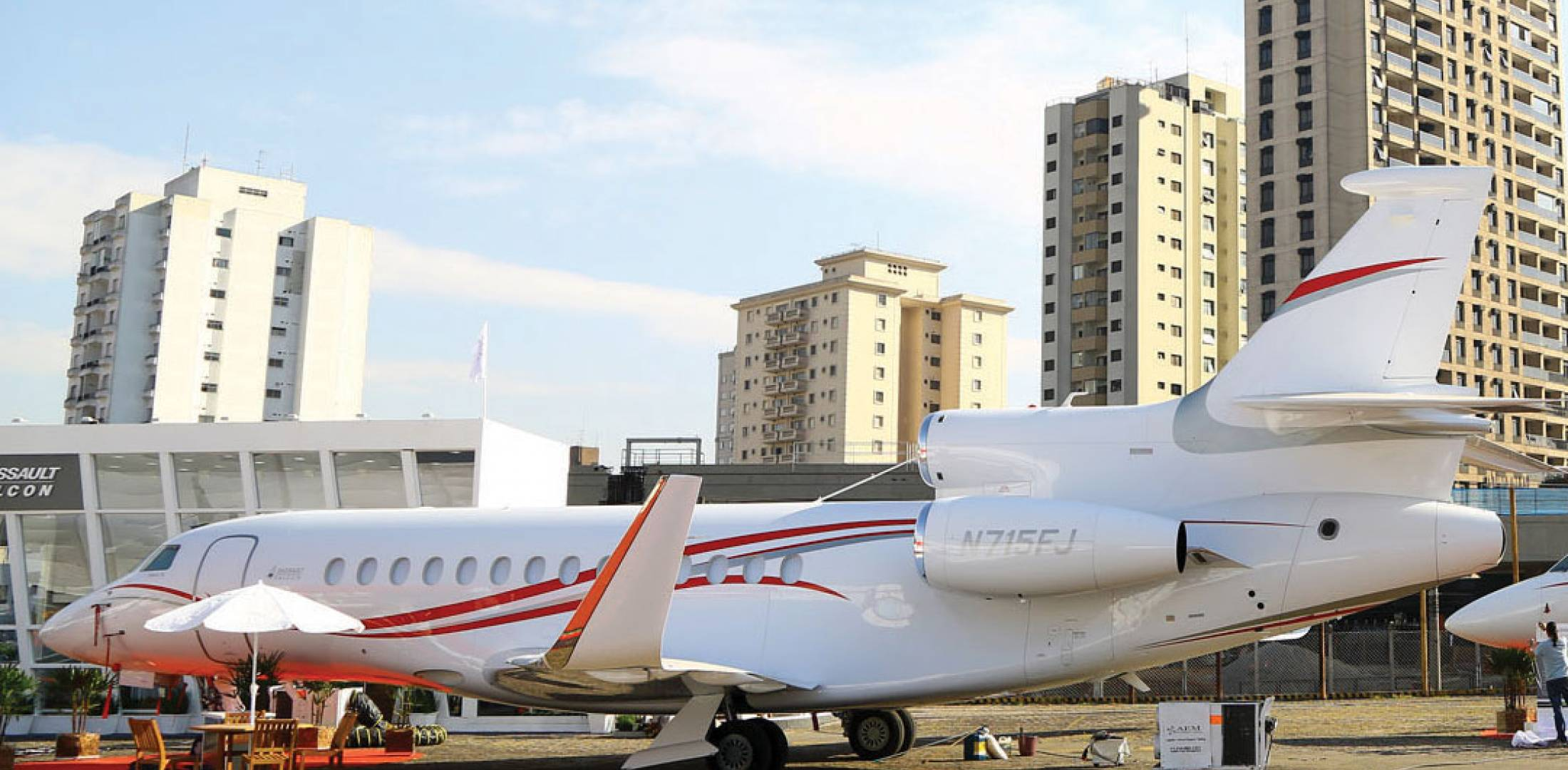 Dassault Falcon Jet brought its flagship 7X (foreground) and 2000LXS/S models to LABACE, highlighting the airframer's conviction that Latin America is an important market. (Photo: David McIntosh)