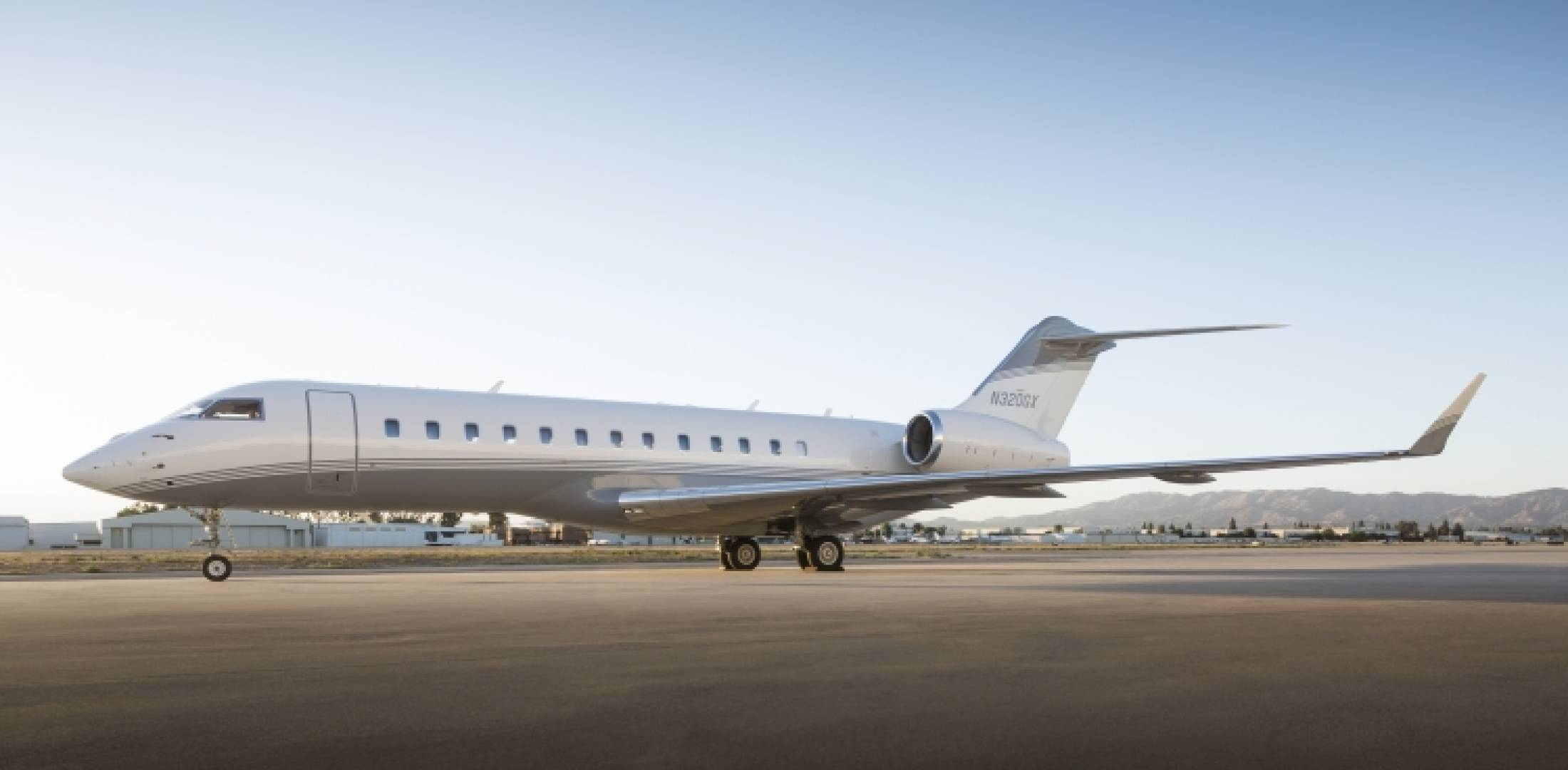 seven business jets added to clay lacy aviation fleet business aviation news aviation. Black Bedroom Furniture Sets. Home Design Ideas