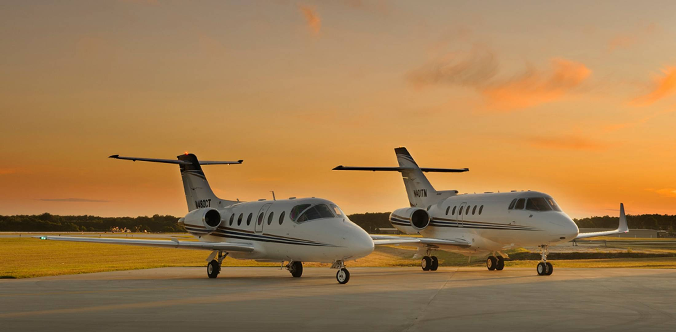TMC Jets Hawker 400XP and 800XP