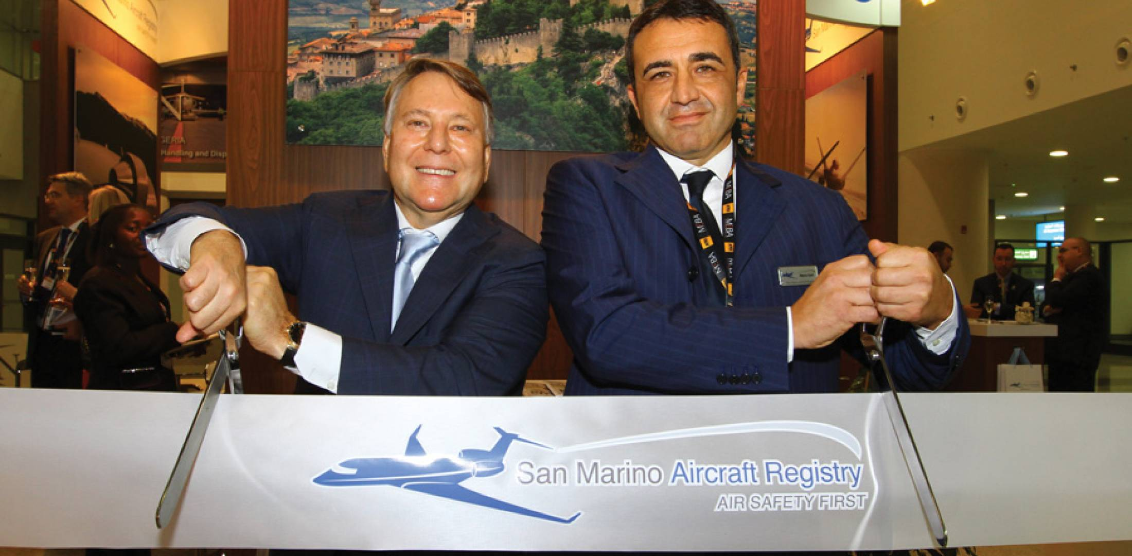 Jorge Colindres, CEO of the Aviation Registry Group (left), and San Marino civil aviation director Marco Conti are here at MEBA after having signed a 10-year exclusive agreement for ARG to administer the European state's aircraft registry, which has been opened up to foreign owners.