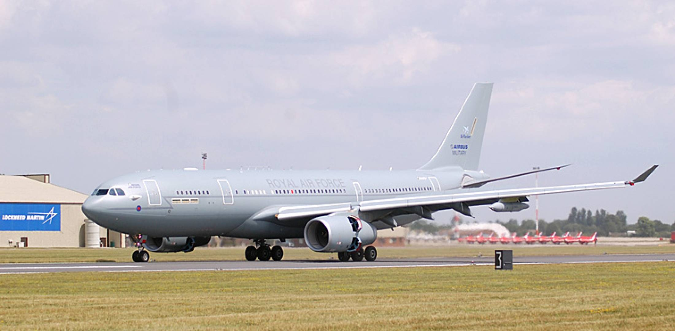 The French will buy 14 A330MRTTs to pool in a common fleet