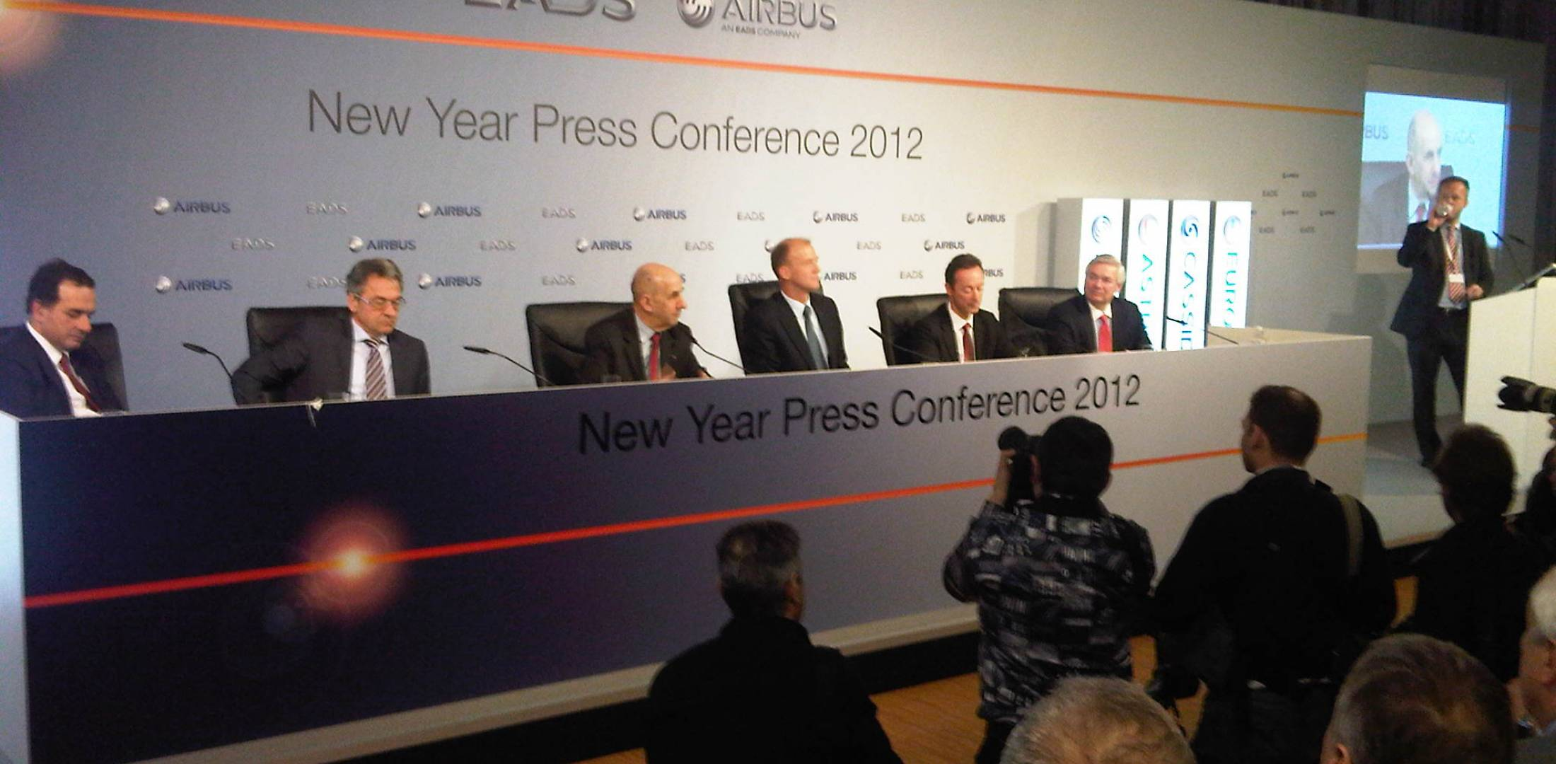 Airbus faces challenges in 2012 bolstered by record business volumes in 2011