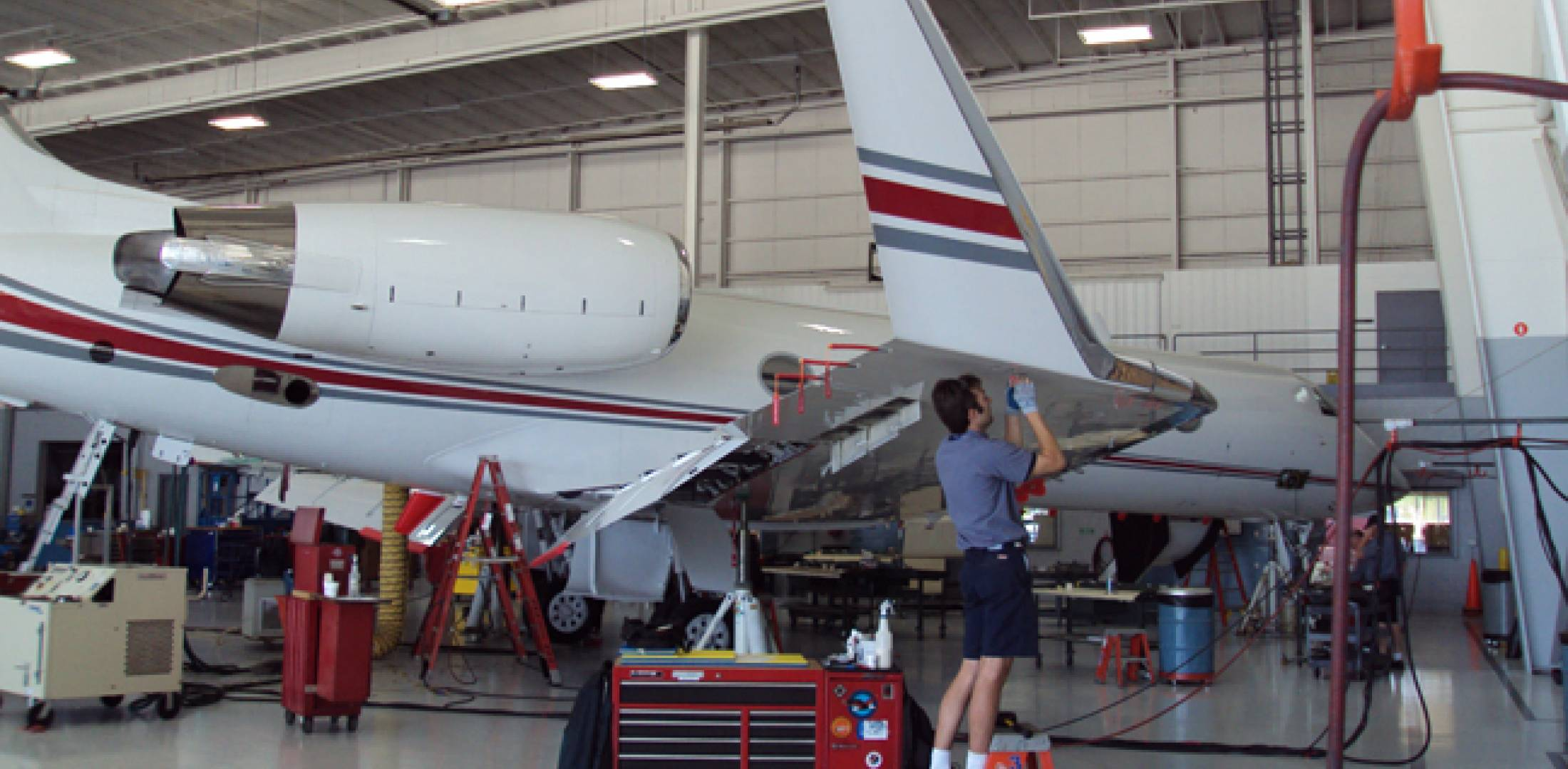 Pentastar Aviation is now offering MRO services out of a 20,000-sq-ft facility at Key Air at Waterbury-Oxford Airport.