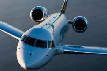 VistaJet's Global 6000  visited  MEBA as it neared the end of a  12-city tour throughout Asia.