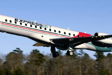 Michael Hirsch diverted his ExpressJet ERJ 145 from Milwaukee to a nearby reg