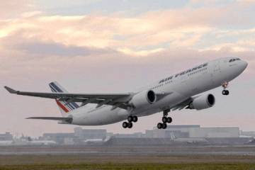 Air France and pilots' union SNPL both feel that an interim report into the m...