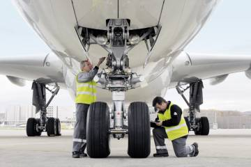 Prospects for the air transport aftermarket business, including airliner main