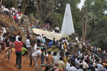 The May 22 crash of an Air India Express Boeing 737-800 in Mangalore, India a...