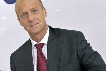 After success as CEO of AIrbus, Tom Enders will be CEO its parent EADS from June