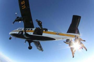 Golden Knights' Twin Otter