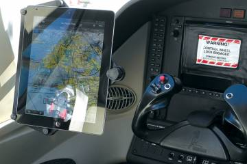 Pentastar's full-size iPad mount is a simple, effective way to position an iPad for cockpit use.