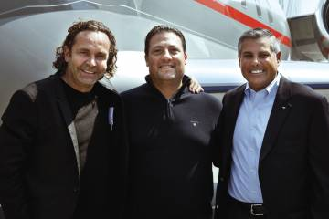 VistaJet chairman Thomas Flohr (left) has re-evaluated his stance on partnerships and turned to Wheels Up led by Kenny Dichter (center), to market his company's Flight Solutions Program services in the U.S. An initial batch of 12 Bombardier Globals will be operated in the U.S. for VistaJet by Jet Aviation's Flight Services division under the direction of vice president and general manager Don Haloburdo.
