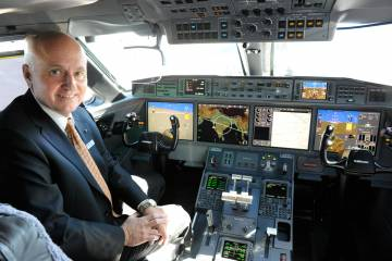 Tom Horne, Gulfstream senior experimental test pilot, who served as pilot-in-command for the record flight, was accompanied by Gulfstream pilots Bud Ball, John McGrath, Ross Oetje and Eric Parker.