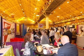 NBAA S&D crowds