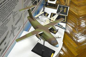 Il-112 airlifter model