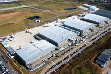 Last October, Amac opened its fourth hangar at its EuroAirport base in Basel. The latest structure adds 7,280 square meters of floor space, enough for a Boeing 747-8i that is currently undergoing its first annual inspection since it was completed here a year ago.