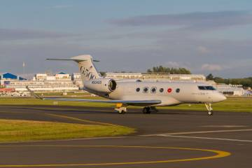 G500 on runway