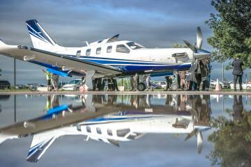 Daher's TBM930 with reflection