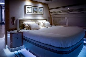 bedroom on plane