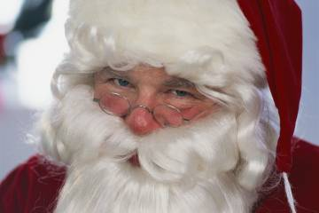 S. Claus, a Business Jet Traveler reader, wants the magazine's help to purchase a bizliner.