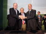 Airframers sign agreement to promote biofuels at Geneva summit.