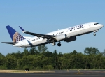 United Airlines split-scimitar winglets