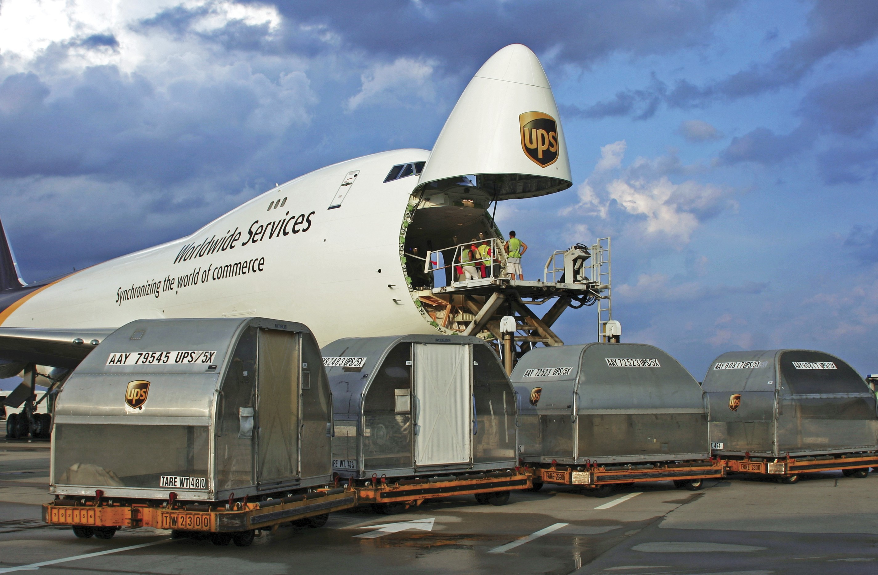 UPS Pilots, Cargo Carriers File Papers in Duty Rule Case