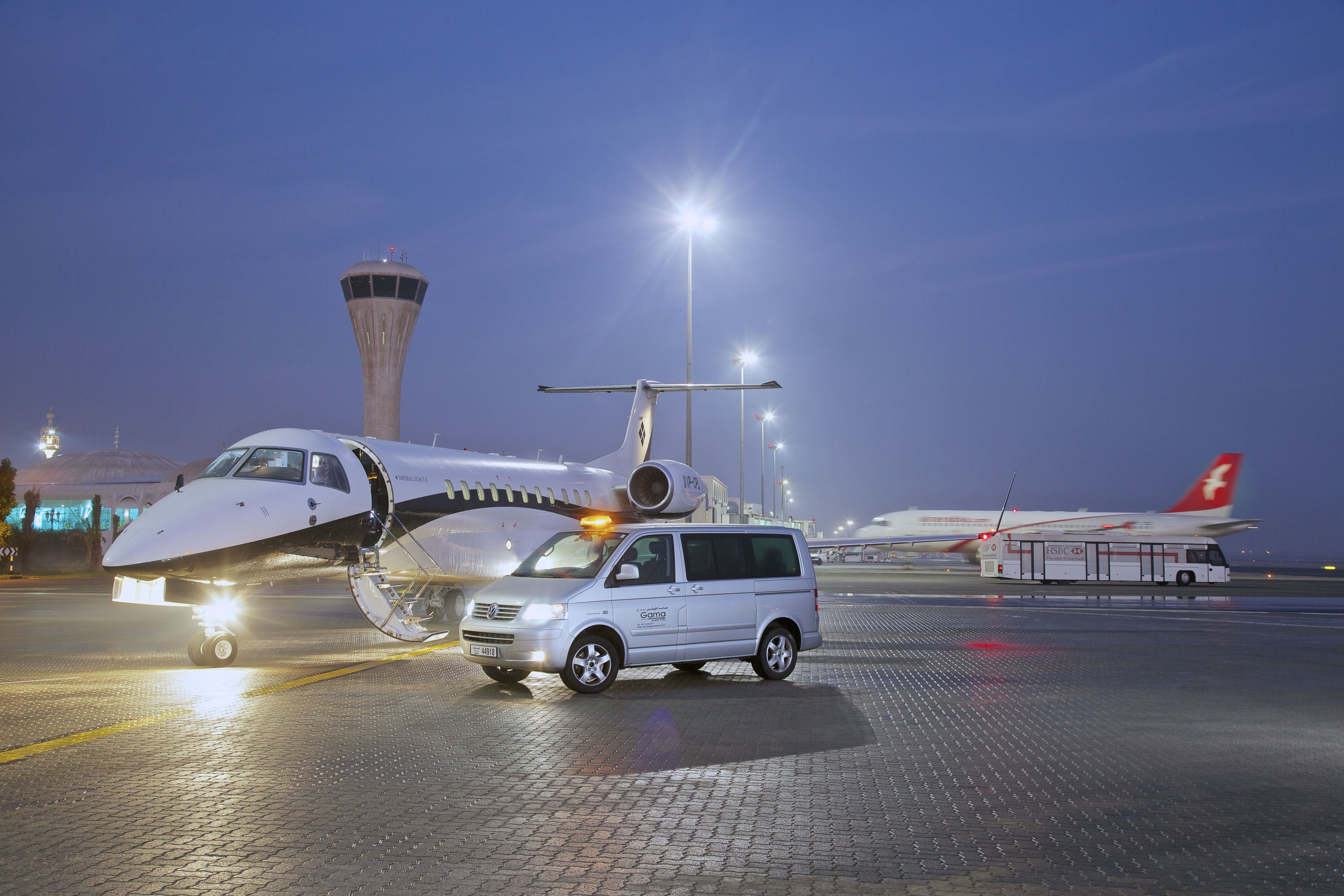 Blue apron uae - Gama Aviation S Fbo At Sharjah In The Uae Achieved A 70 Percent Increase In Traffic During 2013 Photo Gama Aviation