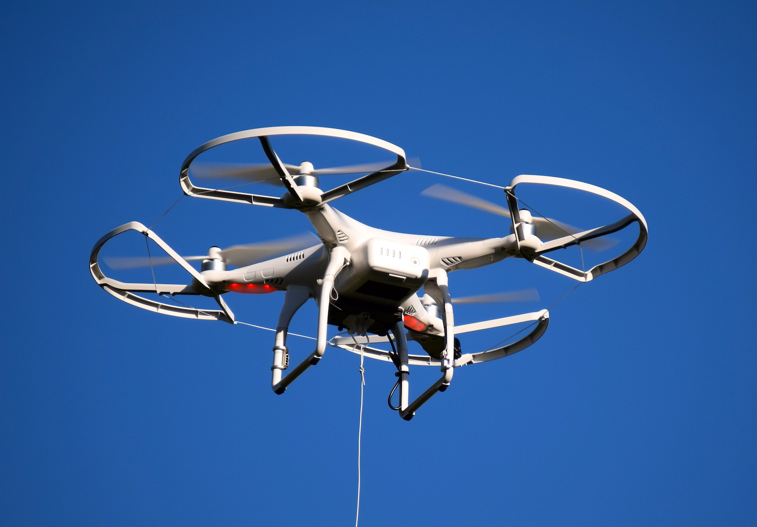 Airline Pilots Recommend Go Slow Approach On Drones Air