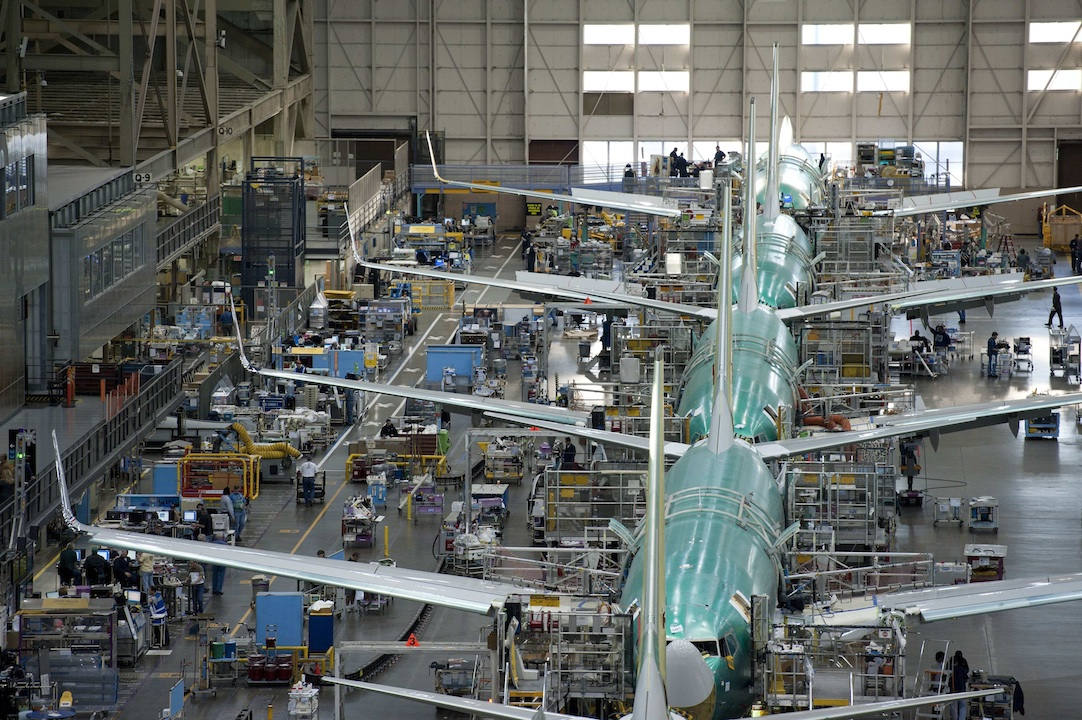 737linelow Boeing Commercial Deliveries To Drop in 2016
